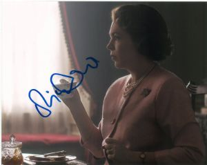 Olivia Colman THE CROWN Genuine Signed Autograph 10 x 8  - 10709